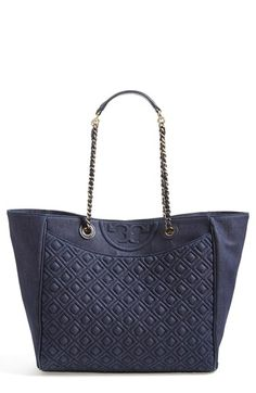 Free shipping and returns on Tory Burch 'Fleming' Denim Tote at Nordstrom.com. Lush diamond quilting and a Tory Burch medallion lend signature sophistication to a spacious tote topped with a sleek chain-and-leather strap, while distinctive denim construction takes a street-chic, casual turn.