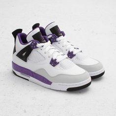 Air Jordan Girls 4 Retro (White/ Ultraviolet/ Grey)