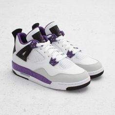 Air Jordan Girls 4 Retro (White/ Ultraviolet/ Grey)