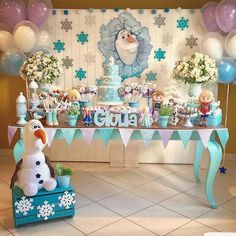 and today, a few days after its premiere, we bring you the best guide to decorate a Frozen 2 Party; Frozen Balloon Decorations, Frozen Birthday Decorations, Frozen Balloons, Unicorn Themed Birthday Party, Frozen Themed Food, Frozen Theme Party, Frozen Birthday Party, Frozen Dessert Table, Candy Bar Frozen