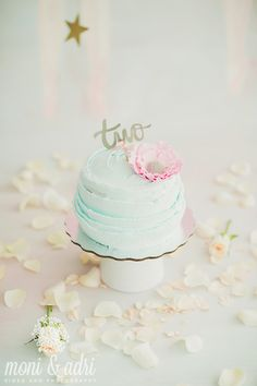 Cake Smash Session | Ballet Theme |  _ Decor design and handpaint backdrop by the one and only @marianabalu and  Cake by: Deby Boo | Meli turns 2 | Ballerina Backdrop | Decor Inspirations  | Smashing the cake  |  Moni & Adri Photography