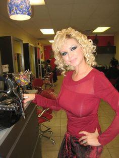 Forced Haircut, Waist Length Hair, Hair And Beauty Salon, Bleach Blonde, My Hairstyle, Permed Hairstyles, Natural Women, Cut My Hair, Beauty Shop