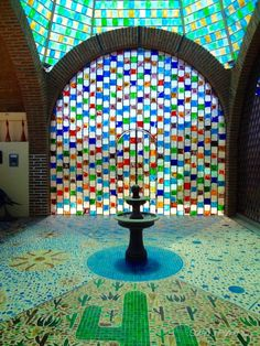 Es el fábrica de vidrio de Cabo San Lucas en Mexico. Son unas vidrio.