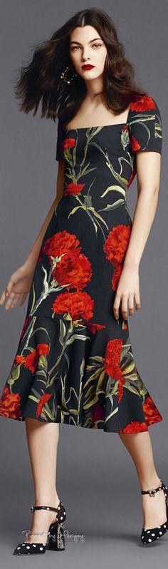 ♔Dolce & Gabbana.2015♔ #vestido #barra #avasê #manga #estampa #flores #preto #vermelho