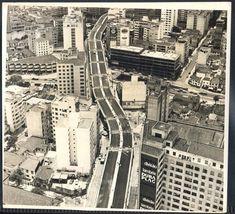 São Paulo - Elevado Costa e Silva (Minhocão) em construção- Fotografia antiga original.