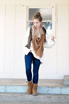 brown blanket scarf | bow koolaburra by UGG boots, oversized bell sleeve sweater, dark denim jeans | how to style ugg boots | how to style an oversized sweater | fall fashion | fall style | fashion for fall | style ideas for fall | cool weather fashion | fashion tips for fall || a lonestar state of southern #oversizedsweater #uggboots