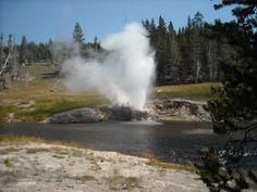 Riverside Gyser, Yellowstone NP, Wyoming 2010