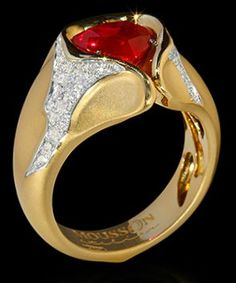 Mousson Atelier Heart Beat Collection Gold Ruby & Diamond Ring R0079-0/1