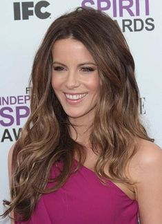62 New Ideas hair color ideas for brunettes for winter balayage kate beckinsale Easy Hairstyles For Long Hair, Pretty Hairstyles, Kate Beckinsale Hair, Gorgeous Hair Color, Brunette Makeup, Super Hair, Balayage Hair, Haircolor, Balayage Brunette