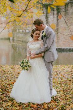 Herfstbruiloft bij Kasteel Duurstede en in het bos.  ingephotography.nl  herfst / herfstbruiloft / autumn / autumn wedding / fall / leaves / trouwen / bruiloft / trouwfotografie / bruid / bruidegom