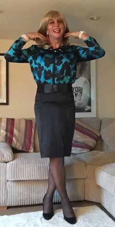 https://flic.kr/p/CcrBkq | Black and blue silk blouse