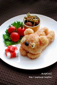 Kids Meal Idea: Rilakkuma Bear Rice Cake, covered with Japanese katsuobushi bonito flakes which make the bear looks fluffy.|リラックマおにぎりプレート