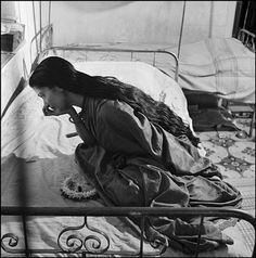 WERNER BISCHOF INDIA. Bombay. The Bharat Natyam dancer Anjali HORA getting ready for a performance. 1951
