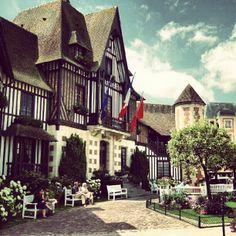 Hotel de Ville de Deauville