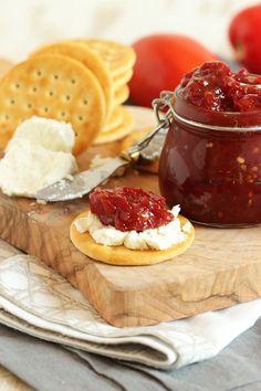 Easy Tomato Jam – The Suburban Soapbox – Goodish Healthy Food Jam Recipes, Canning Recipes, Appetizer Recipes, Appetizers, Vitamix Recipes, Chutney Recipes, Drink Recipes, Cooking Nytimes, Homemade Ham