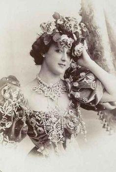 La Belle Otero (1868-1965)    Born Agustina Otero Iglesias, she was a Spanish born dancer, actress and courtesan.