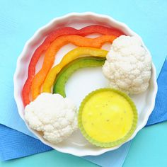 Cute Snack Idea: A Sweet and Healthy Veggie Rainbow (cute! Unfortunately, E has always disliked bell peppers)