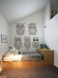 Back to school with lovely murals to color