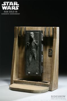 Sideshow Han Solo in Carbonite