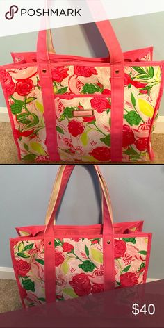 Lilly Pulitzer Delta Zeta Tote Sold out everywhere! In great condition! Patterned for the Delta Zeta sorority. Lilly Pulitzer Bags Totes