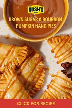 Delicious Desserts, Dessert Recipes, Yummy Food, Pumpkin Recipes, Fall Recipes, Sugar Pumpkin, Pumpkin Spice, Hand Pies, Breakfast Dessert