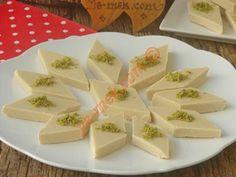 Saray Helvası Best Chef, Feta, Food And Drink, Healthy Eating, Appetizers, Yummy Food, Cheese, Tableware, Kuchen
