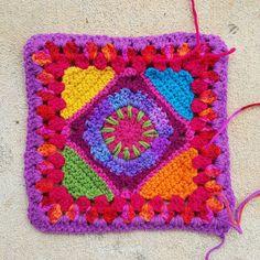 multicolor crochet granny square, crochetbug, crochet purse, crochet bag, crochet square