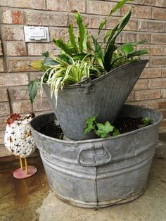 then you should definitely check out the following collection of Astonishing Wash Tubs Reuse Ideas That You Will Have To See and tell us what you think.