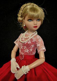Ellowyne, OOAK Valentine's Gown by jkinmcd via eBay SOLD 1/18/14
