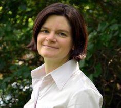 """Prof. Dr. Sylvia Bös lehrt seit dem 1. Oktober 2012 """"Bilanz- und Unternehmenssteuerrecht"""" am Fachbereich Wirtschaft"""