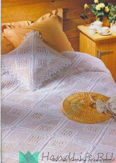Вязанное покрывало и подушка / Вязание