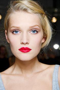 Makeup & Nail ArtFASHIONMG-STYLE | FASHIONMG-STYLE