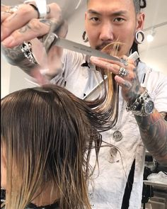 "4,384 Likes, 157 Comments - Hairstylist ✂️ LA NYC MIA (@philipwolffhair) on Instagram: ""🐺✂️Blondie Lob✂️🐺 Here's another Lob example of making finer hair getting a reboot in length to set…"""