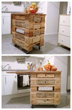 Pallet kitchen island #Kitchen, #KitchenIsland, #RecycledPallet