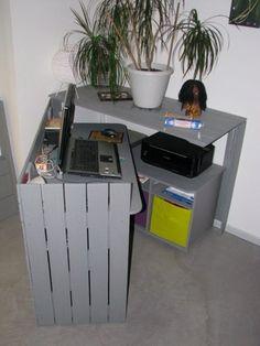 Bureau caché / Hidden desk | 1001 Pallets