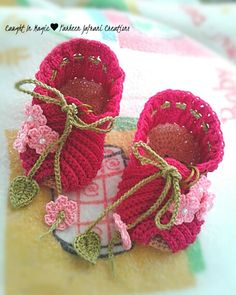 Baby girl sandals.. size 0~3 months ♥♥