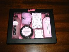 Beauty Box - $15.00 BRAND NEW!   Pick up Tygalgah - I dopost