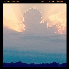 This is unreal!  Mitten-shaped cloud (Reportedly taken from Harsens Island, Michigan, how appropriate!).