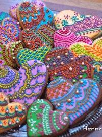 Sangeet Mehendi Henna Cookies - Contact Hyderabad Cupcakes to order! Galletas Cookies, Iced Cookies, Sugar Cookies, Basic Cookies, Owl Cookies, Flower Cookies, Easter Cookies, Birthday Cookies, Cupcakes