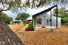 Travel Better Photo - Industrial pole barn chic? 143016553907173