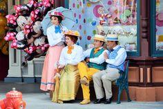 the victorians of fête les beaux jours at disneyland paris, photo by bart mertens