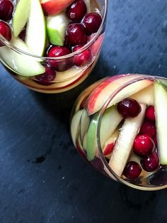 Maple Cranberry Apple Sangria http://orderinthekitchen.com/maple-cranberry-apple-sangria/
