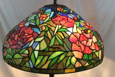 Tiffany Studios Style lamp stained glass shade (Shade only)
