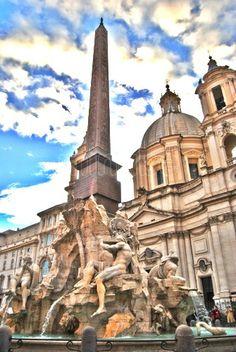 Plaza de Navona, fuente de los cuatro ríos. Roma Italia