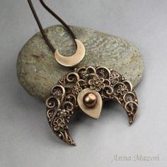 Herbarium - bronze lunula