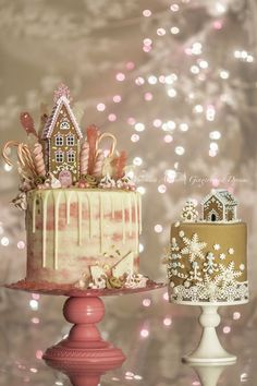 Pink Gingerbread Dream House Drip Cake and tiny cake with Gingerbread Rolled Fondant made with milled gingerbread cookies. By Veronica Arthur.My Pink Gingerbread Dream House Drip Cake. Gingerbread cake, whipped white chocolate ganache filling, water color buttercream and white choc. ganache drip. Join my Gingerbread Dreams facebook group for recipes here: https://www.facebook.com/groups/434103830130538/ #Gingerbread #GingerbreadHouse #GingerbreadArt #GingerbreadCake #DripCake