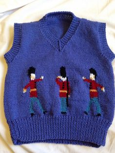 Ravelry: Prince George Christmas Photo Pullover 2014 pattern by Amie Richan Jumper Knitting Pattern, Vest Pattern, Baby Knitting Patterns, Baby Patterns, Free Pattern, Sweater Patterns, Knitting Ideas, Baby Vest, Baby Cardigan
