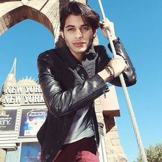 from the story Imaginas- One Shots CNCO. Brian Colon, 3 I, Celebrity Crush, My Boys, Jon Snow, Sexy Men, Crushes, Husband, Punk