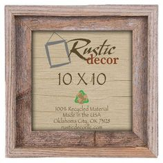 "RusticDecor Signature Reclaimed Barn Wood Wall Picture Frame Size: 10"" H x 10"" W x 2"" D"