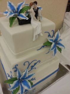 Lily Wedding Cake by SugarArt Cakes by Kassie